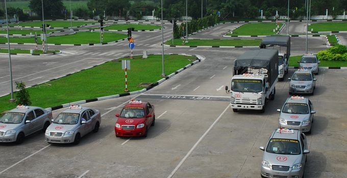 Trường dạy học lái xe ô tô tại quận Phú Nhuận chất lượng nhất